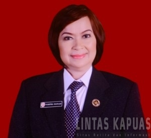 Sekretaris Daerah Sintang, Yosepha Hasna