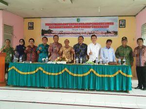 Anggota DPRD Dapil Sintang 4 Foto bersama Usai Musrembang Kecamatan Kelam Permai