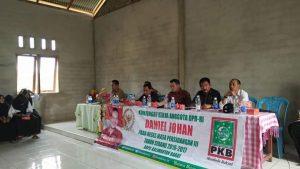 Anggota DPR RI Daniel Johan Saat menggelar Reses ke Kabupaten Sintang